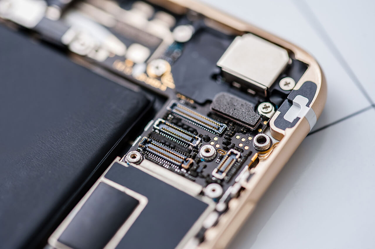 Cell Phone Repairs: How to Stay Ahead of the Crowd, TechRestore
